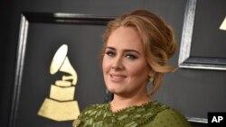 Top Ten Música na América: Adele diz que pode deixar de fazer digressões mundiais