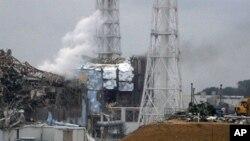 손상을 입은 후쿠시마 핵 발전소의 3호, 4호 원자로