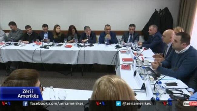 BIRN: Media në Kosovë, nën trysninë e politikanëve dhe bizneseve