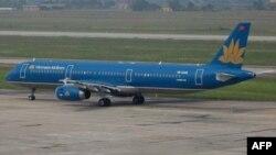 Phi cơ Vietnam Airlines