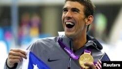 美国泳将菲尔普斯7月31日在伦敦奥运会上