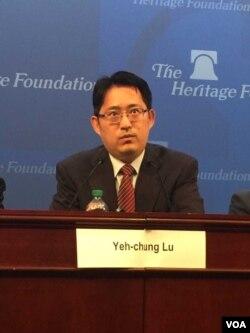 台湾民主基金会副执行长卢业中(美国之音莉雅拍摄)