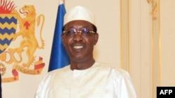 Le président tchadien Idriss Deby avant une réunion au palais présidentiel, à N'Djamena, le 26 décembre 2017.