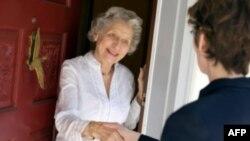 Cách xưng hô với người lớn tuổi