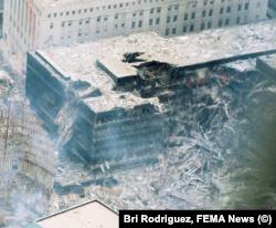 ВТЦ-5 после терактов. Фото: Bri Rodriguez, FEMA News