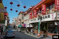 A view of Chinatown in San Francisco, California, April 6, 2016. (M. O'Sullivan/VOA)