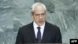 Serbiya prezidenti ölkəsinin Kosovo ilə dialoqa hazır olduğunu bildirib