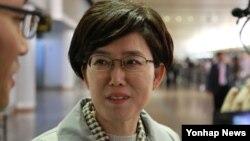 평양에서 열리는 국제철도협력기구(OSJD) 사장단 회의에 참석하기 위해 방북 길에 오른 최연혜 코레일 사장이 21일 베이징 서우두 국제공항에 도착했다.