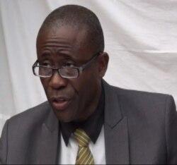 Professor lança candidatura às eleições presidenciais em São Tomé e Príncipe - 1:53