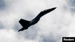 Самолет Су-27 украинских ВВС