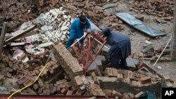 پاکستان میں منگل کو آنے والے زلزلے کے بعد امدادی کارروائیاں جاری ہیں۔