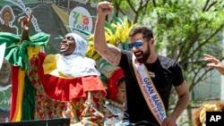 En el 62º aniversario del Desfile Nacional Puertorriqueño, la celebración busca promover el desarrollo económico para que la isla pueda recuperarse.