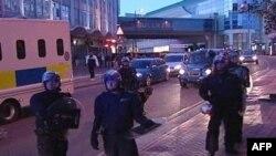 Vazhdon dhuna në Britani