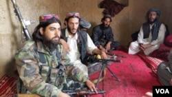 طالبان ادعا کرده اند که تمام پوسته های ولسوالی خاش بدخشان را تصرف نموده اند.