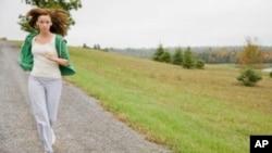 研究发现体力活动多的人生病少