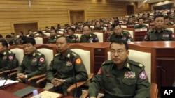 Depkeu AS memberlakukan sanksi terhadap Letnan Kolonel Kyaw Nyunt Oo, seorang pejabat militer Burma (foto: ilustrasi).