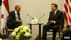 Los presidentes Barack Obama de Estados Unidos y Juan Carlos Varela de Panamá se reunieron en la capital del istmo. [Foto: Presidencia de Panamá]