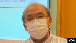 香港民意研究所副行政總裁鍾劍華 (美國之音 湯惠芸拍攝)