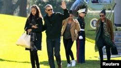 美國奧巴馬總統1月3日夏威夷假期後返回華盛頓面臨與共和黨槍枝管制之爭議。
