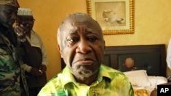 Cựu tổng thống Laurent Gbagbo. Ông bị truy tố về tội ác chống lại loài người và đang bị Tòa án Hình sự quốc tế giam giữ ở La Haye