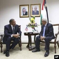 Leon Penetta reunido com o líder da Autoridade Palestiniana Mahmoud Abbas