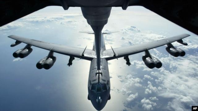 Máy bay B-52 của không lực Hoa Kỳ.