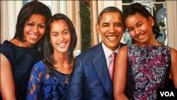 پرویز بھٹی کا بنایا ہوا صدر اوباما کا فیملی پورٹریٹ