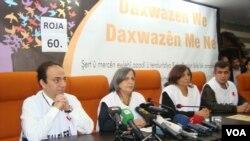 BDP milletvekilleri Diyarbakır Belediye Başkanı Osman Baydemir ile bir toplantıda