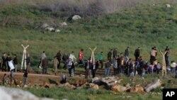 Türkiye-Suriye sınırında mülteciler