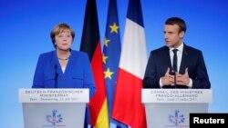 앙겔라 메르켈 독일 총리와 에마뉘엘 마크롱 프랑스 대통령.