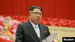Şimali Koreyanın gənc lideri Kim Conq Un sərt xətt siyasəti ilə tanınır