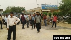 Farmers protest in Bavi, south of Iran.