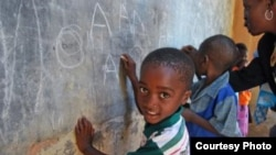 Zimbabwe pupils in a rural classroom
