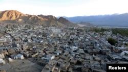 အိႏၵိယႏိုင္ငံအေရွ႕ဘက္ တ႐ုတ္နဲ႔ နယ္စပ္ထိစပ္ေနတဲ့ ဟိမဝႏၱာေတာင္တန္းရွိရာ Ladakh ေဒသ။ (စက္တင္ဘာ ၂၆၊ ၂၀၁၆)