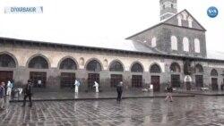 Diyarbakır'da Cuma Namazı Öncesi Camilerde Corona Temizliği