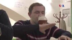 Mỹ đứng đằng sau cuộc cách bạng bia ở Nga