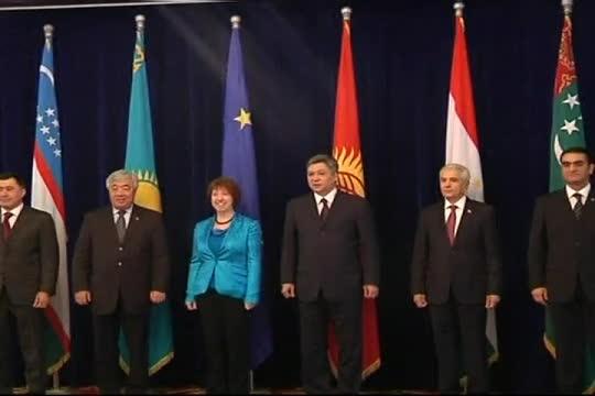 Yevropa Ittifoqi tashqi ishlar vaziri Markaziy Osiyoda/ EU Ashton-Kyrgyzstan, Nov 27, 2012