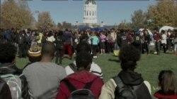นักศึกษา ม.รัฐมิสซูรี่ ประท้วงต่อต้านการเหยียดผิว