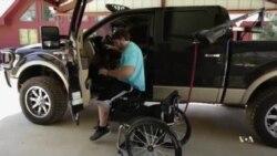 脊椎植入装置改变瘫痪者生活
