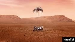 پرسیویېرنس به په یوه پېچیده طریقه مریخ ته ښکته کېږي چې پکې به د پېراشووټ یا د چترۍ ، د کېبلو او د یو کرېن نه کار اخیستل کېږي. دغه کرېن سکای کرېن نومیږي یا اسماني کرېن