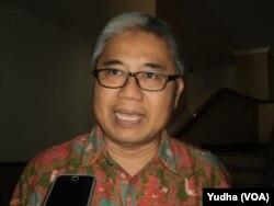 Juru Bicara UNS Solo, Profesor Darsono. (Foto: VOA/Yudha)