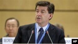 Uluslararası Çalışma Örgütü Genel Direktörü Guy Ryder raporu açıklarken