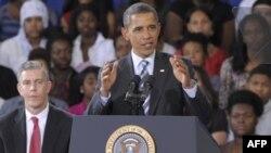 Президент США призывает всех вернуться «в школу»