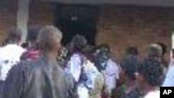 des Rwandais aux élections législatives
