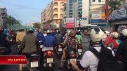 Tranh cãi chuyện cấm xe máy