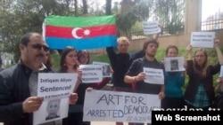 Tbilisidə Azərbaycan səfirliyi qarşısında aksiya (Foto Meydan.tv saytınındır)