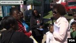 安妮塔約翰遜是密爾沃基社區活動人士,她幫助威斯康星居民了解本州的投票法有哪些變化。