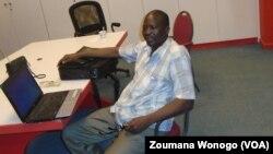 Issouf Belem, spécialiste de santé mentale, a expliqué les effets du tramadol sur la santé et ses conséquences sur le plan social. (VOA/Zoumana Wonogo)