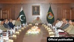 جنرل خالد شمیم وائیں اجلاس کی صدارت کررہے ہیں