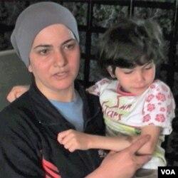 Ahlam Salah sa kćerkom